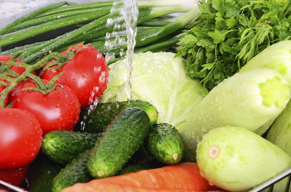10-ways-to-wash-vegetables