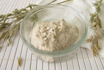 Tighten pores with a secret recipe of oats