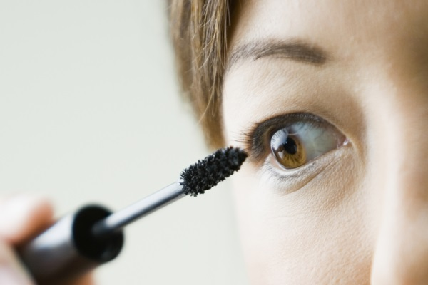 3-steps-to-a-beautiful-lashes (2)