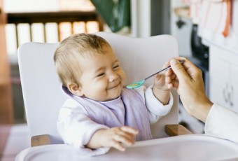 7-parents-need-to-know-before-baby-starting-to-eat