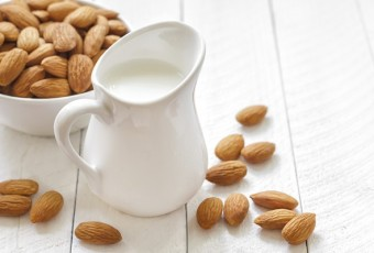 skin-with-almond-milk (1)