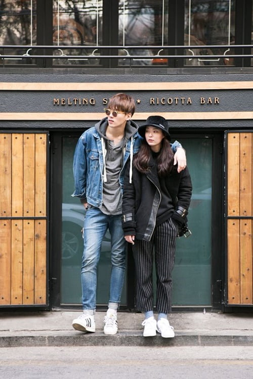 couple-sneakers-21