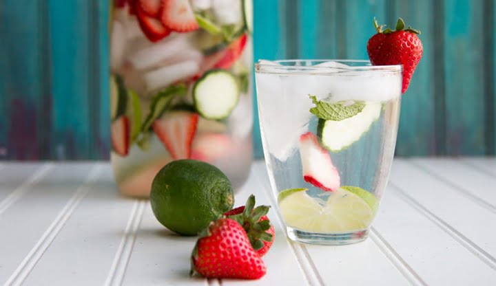 strawberry-lime-cucumber-and-mint-infused-water-4
