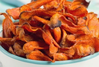 healthy-baked-carrot-chips-6