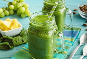 pineapple-paradise-green-smoothie-pr