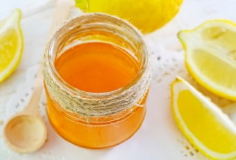 lemon-honey-reduce-wrinkle