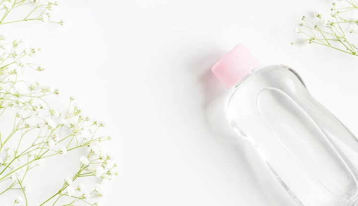 6-help-the-beauty-baby-oil-items-must-have