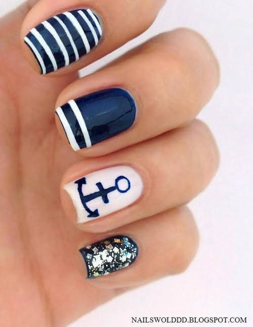 navy-nails-style-3