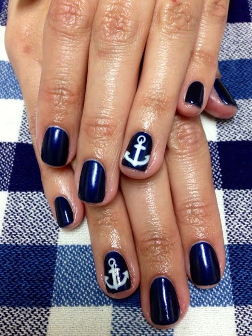 navy-nails-style-5