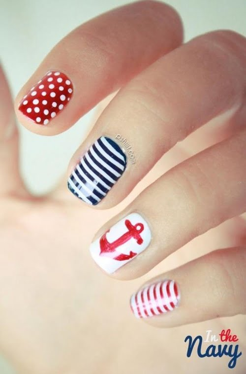 navy-nails-style-6
