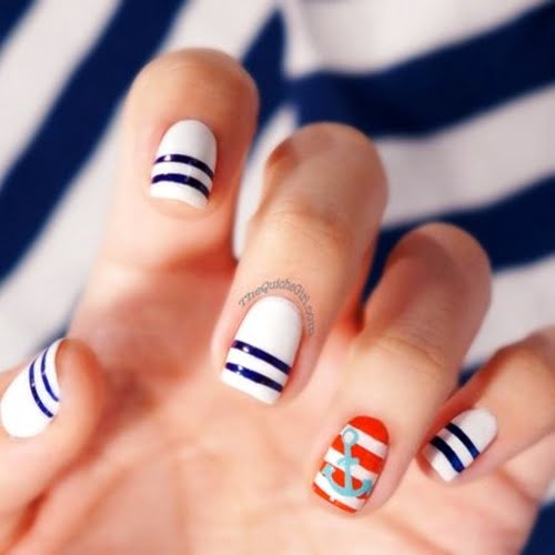 navy-nails-style-8