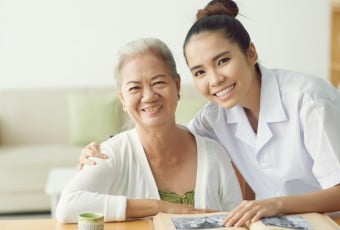 trick-to-care-for-the-elderly-by-smart-4-2