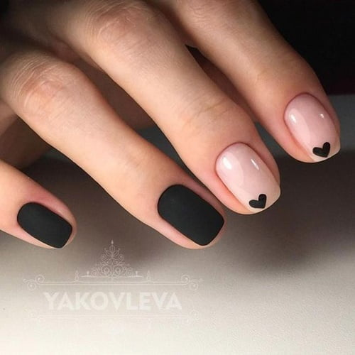 nails-art-is-black-18