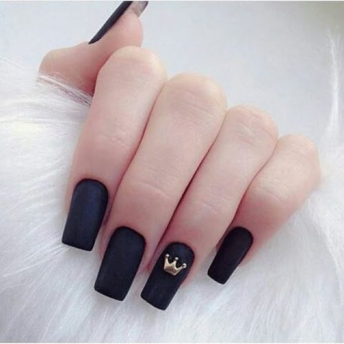nails-art-is-black-6