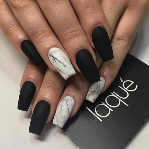 nails-art-is-black-9