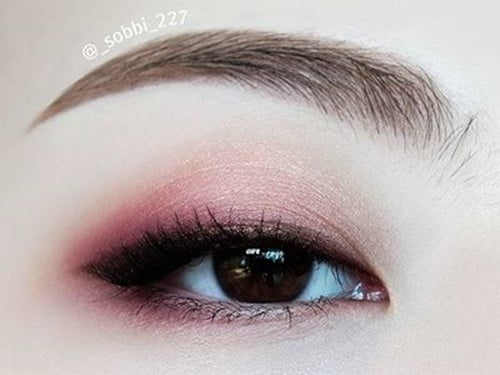 10-beautiful-eyes-with-a-party-2