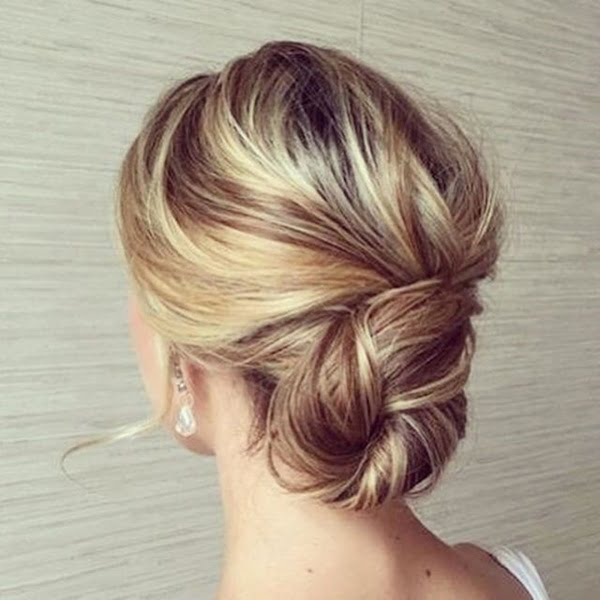 the-relaxed-wedding-bun-1