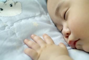 baby-sleepwalk (1)