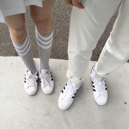 couple-sneakers-18