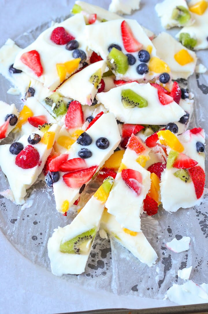 frozen-yogurt-fruit-bark-1