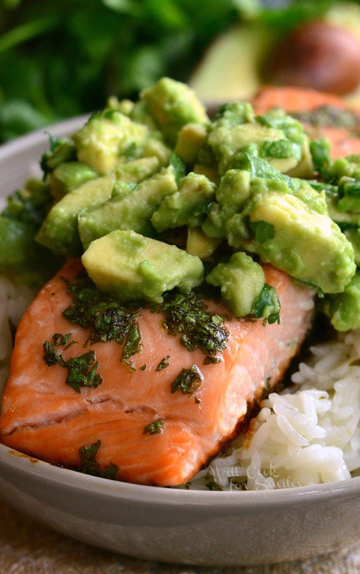 avocado-salmon-rice-bow-4