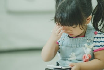 smartphones-have-a-negative-impact-on-children