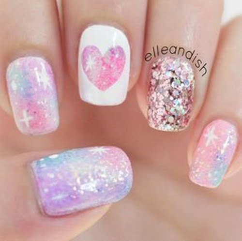 galaxy-hologram-nails-1