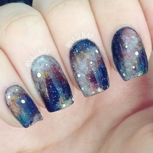 galaxy-hologram-nails-13