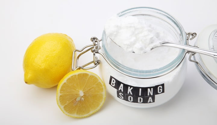 use-lemon-baking-soda-dental-floss-teeth-erosion-gum-disease