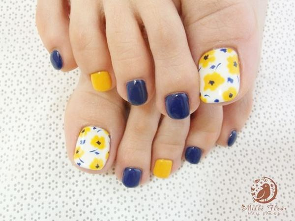 12-ideas-foot-nails-11