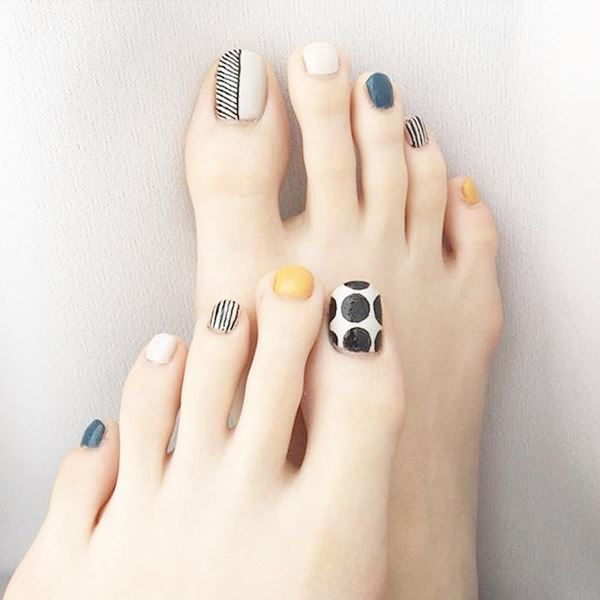 12-ideas-foot-nails-13
