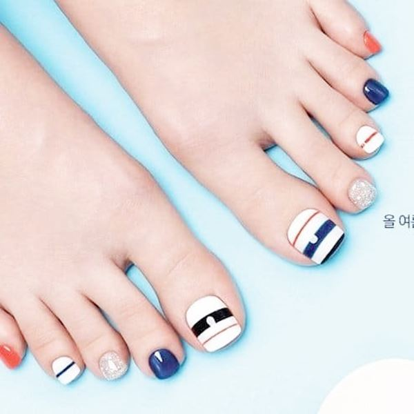 12-ideas-foot-nails-2